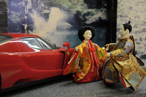 日本人なら知らないと恥ずかしい「雛人形の飾り方」マナー