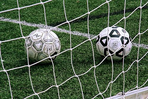 サッカー男子は要注意!気遣ってあげるべき「思わぬ危険性」とは