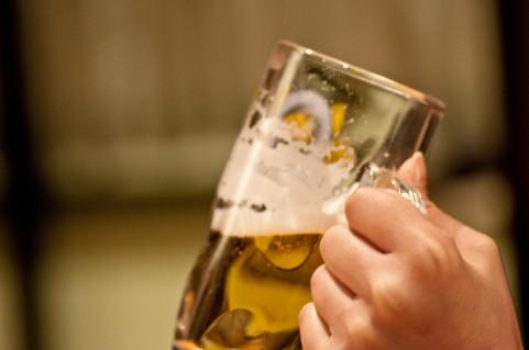 酒好き男性に出すと喜ぶコンビニおつまみ6選+簡単アレンジ術