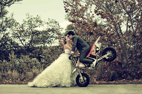 婚姻届を用意!「今すぐ結婚したい」と思わせる女になる方法まとめ