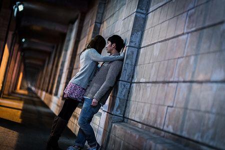 女子高生と握手した成人男性逮捕…「男女逆ならどうなる!?」を検証