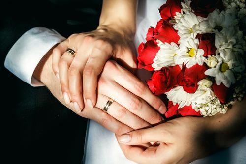 本当に独身でいいの?先輩夫婦に聞いた「結婚のメリット」ベスト3