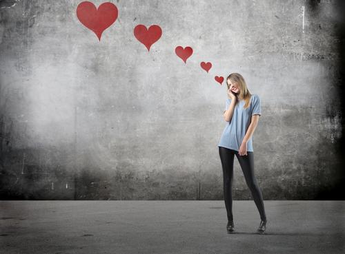 非リア充をなめるな!心理学者が解説「エア恋愛は彼氏ゲットの近道」