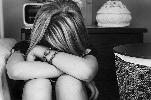もう辛すぎる!「失恋後のアノ苦しい時間」を短縮する方法3つ