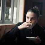 意外と厳しい!「男がカフェデートで減点する」コーヒーマナー3つ