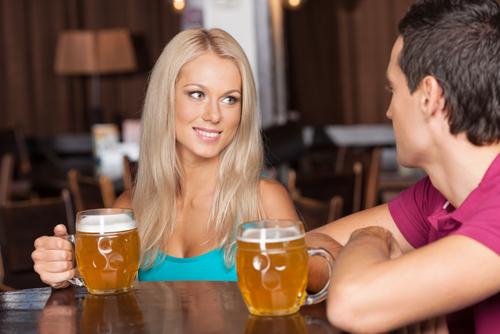 超簡単!飲み会で「気になる彼のハート」を即ゲットするテク3つ