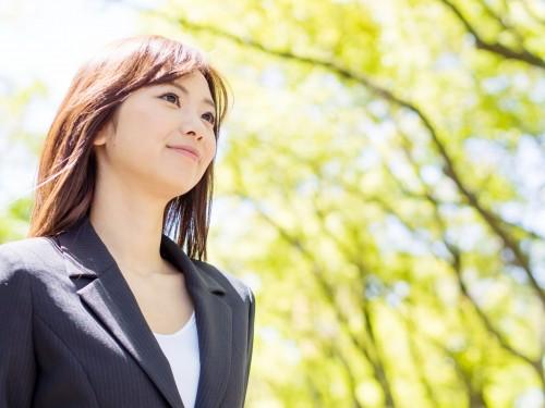 男性の72%が「嫌い」!意識高い系キラキラ女子に対する本音調査