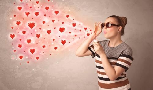 まるで麻薬?恋のキューピットすると「幸せな気持ちに」研究で判明