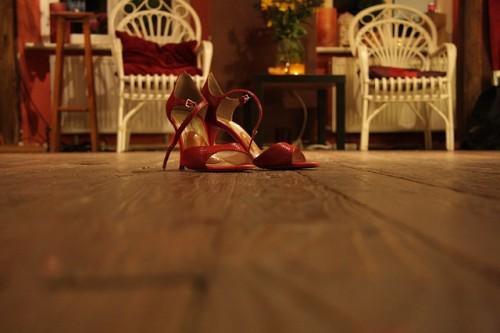 ついにわかった!「モテるために履くべき靴」仏大学研究で判明
