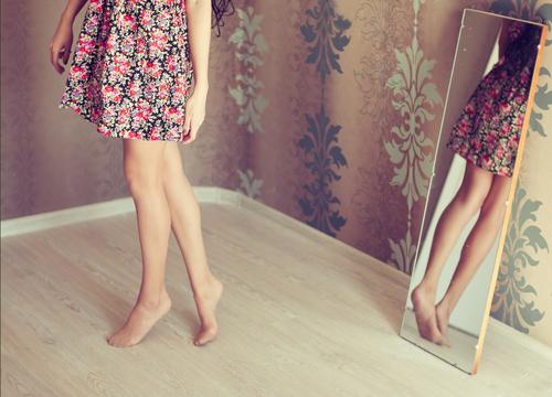 冬だからって隠しちゃダメ!「脚」の露出がこの季節のモテポイントと判明