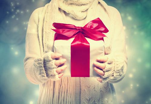 仕事を頑張った女子に捧ぐ!自分への「ご褒美プレゼント」はコレ
