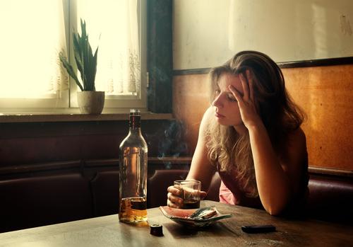 女性の1割がケガや●●も…!年末に気をつけたい「飲みすぎ」話