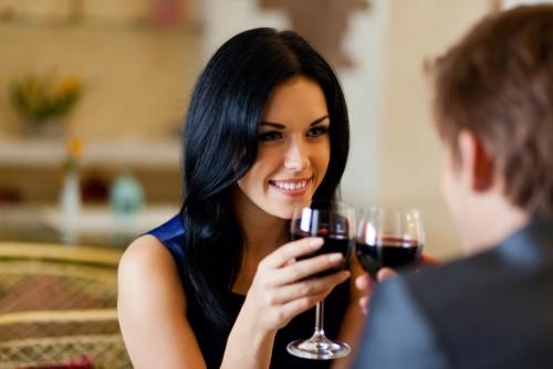 私…これで男を落としました!飲み会で使われた「恋愛テク」8つ