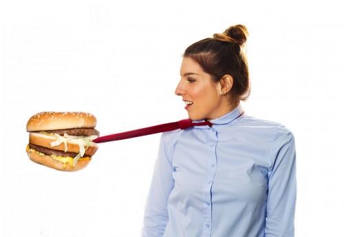 ダイエットが別れの原因に!? 「意外と喧嘩につながる行動」3つ