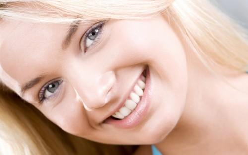 か、可愛すぎだろッ!どんな男も惚れる「自然な笑顔の作り方」とは