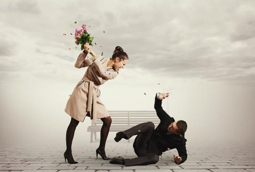 2位…気持ち悪いよりヒドイ「恋人と険悪になる一言」1位は?