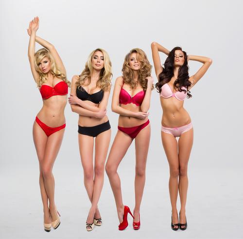 3位黒…2位ピンク「女性につけてほしい下着の色」輝く1位は?