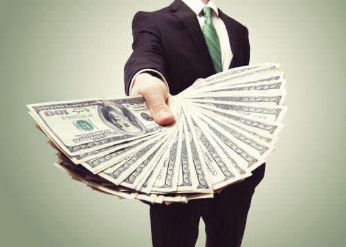 今すぐチェック!「収入が低いオトコだけが持っているモノ」4つ
