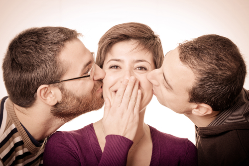 アラサー女子必読!「年下と恋愛VS年上と結婚」勝つのはどっち
