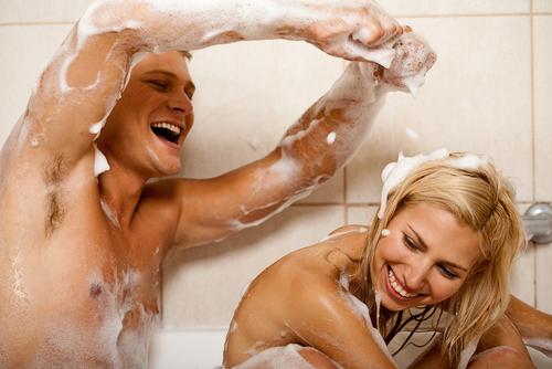 いつも円満夫婦の秘密!夫が大ハッスル「お風呂場でのアノ行為」