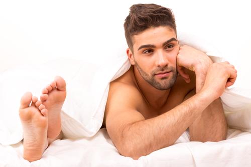 5人に1人が夜に不満!妻が夫に内緒にしている「秘め事」とは