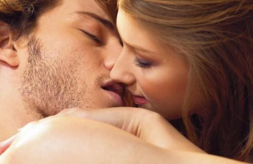 男性の59%が…キスが失敗したことで「恋愛を終結」調査で判明