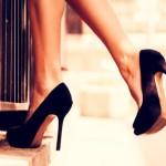 職場で履くべき?「ハイヒールばかり履いている女」の印象3つ
