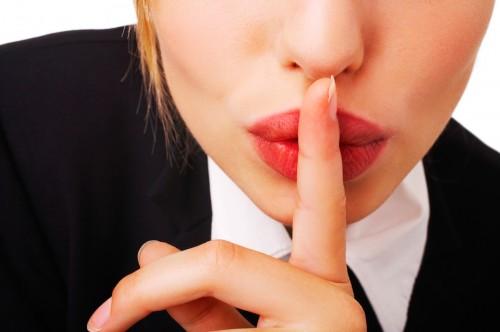 みんな隠してる…「お金と異性と黒歴史」の3大秘密は仕方ない?