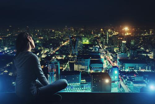 夜景の見えるキレイな場所で食事…「ソフトドリンクじゃダメ?」