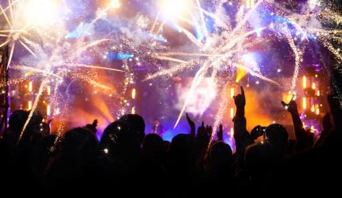 HNY!新年を迎えた「ワン・ダイレクションの恋愛事情」が熱い