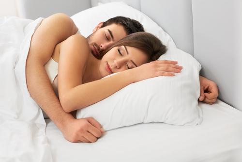 やっぱりソフレって必要?「一緒に眠る」ことの凄い心理的な効果