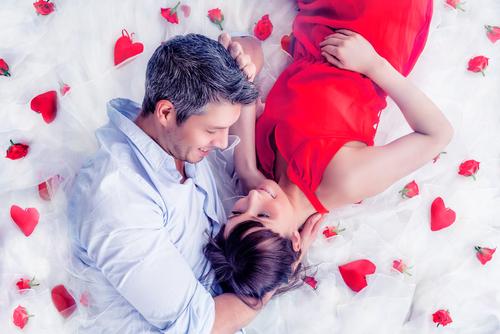 な、なんと衝撃的!2/14に「交際開始」したカップルの割合が発覚