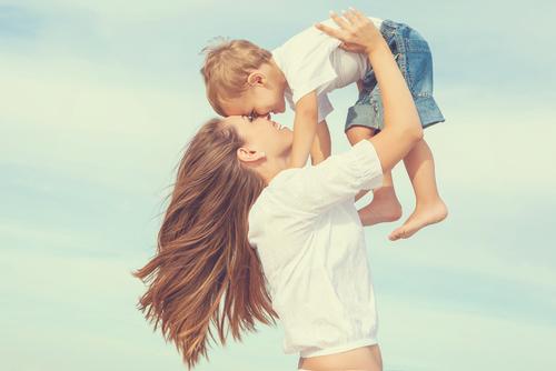 男の3人に1人が!? 「将来は僕のママと同居したい」衝撃的なホンネ