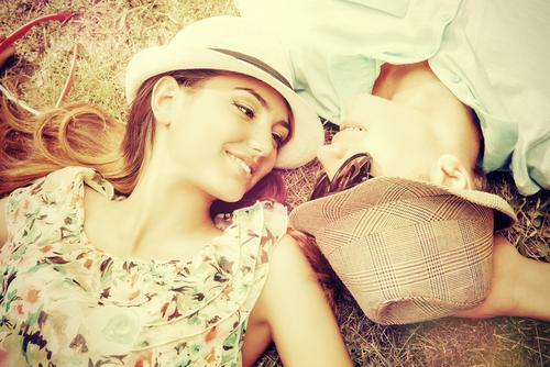 友情が愛情に変わるとき…!女友達から「本命に昇格する方法」3つ