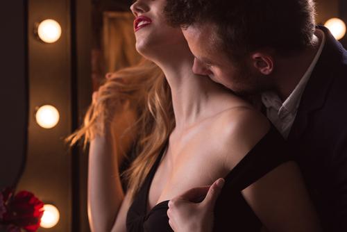 彼氏がいるのにー!「強引に奪われちゃったキス」赤裸々告白3選