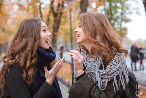 60%の女性が…!? 女友達にも「話せない」赤裸々恋愛ネタ3つ