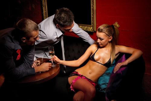 下心バレバレ!女を酔い潰そうとする男を返り討ちにする方法3つ