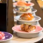 うーん…あなたはアリ?初デートで「回転寿司」を選ぶオトコたち