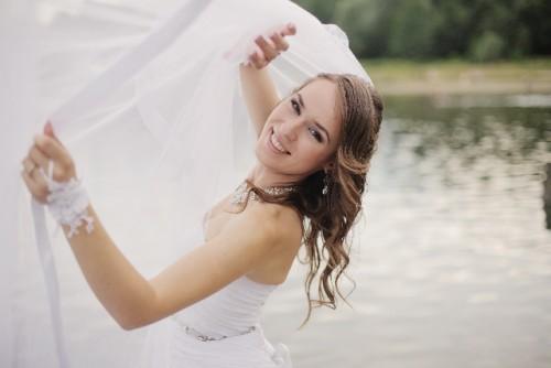 結婚に関する女子の「どうでもいい」3位苗字変更…意外すぎる1位は
