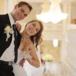出会いまくれる!友人の「結婚式場で一人勝ち」するための2戦術