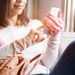 3位脚を開くよりヤバい…電車内で「育ちが悪い」認定される女子