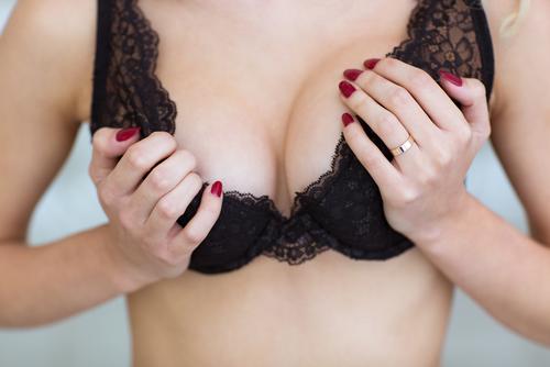 小林麻央さん33歳…若くても他人事ではない「乳がん」を早期発見する