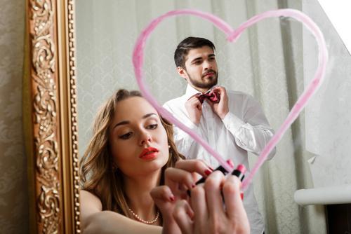 「好き避け男子」に告白させる方法…この人にアプローチしてOK?
