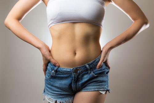 2週間で3キロ減!「落下腸マッサージと炭酸割お酢ドリンク」が効いた