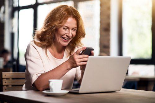 出会い系サイトを使う人は「自分に自信がない人が多い」と判明!