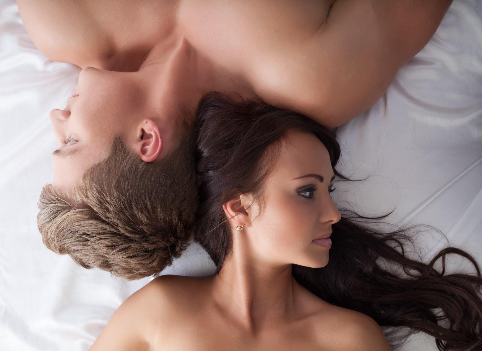 8割の男から「遊び人」認定されちゃう乳首の黒ずみ…専門家が開発した解消クリームとは