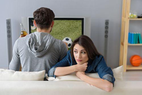 マジで…!? テレビの鑑賞時間が長い男性は「精子が少ない」ことが判明