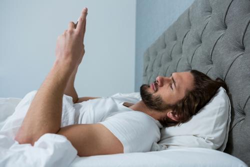 「携帯電話」の画像検索結果