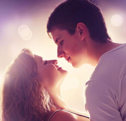 恋愛心理を知る!恋愛心理学講義のパイオニアが教える「脈あり行動」